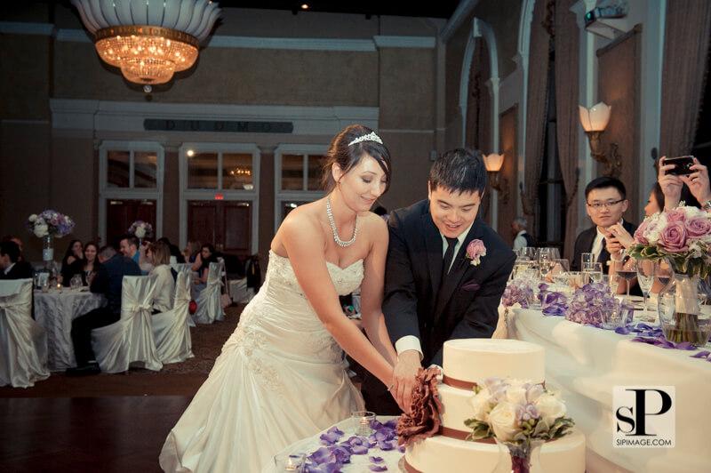 Toronto wedding video sarah ellis casa loma for 1 austin terrace toronto ontario m5r 1x8