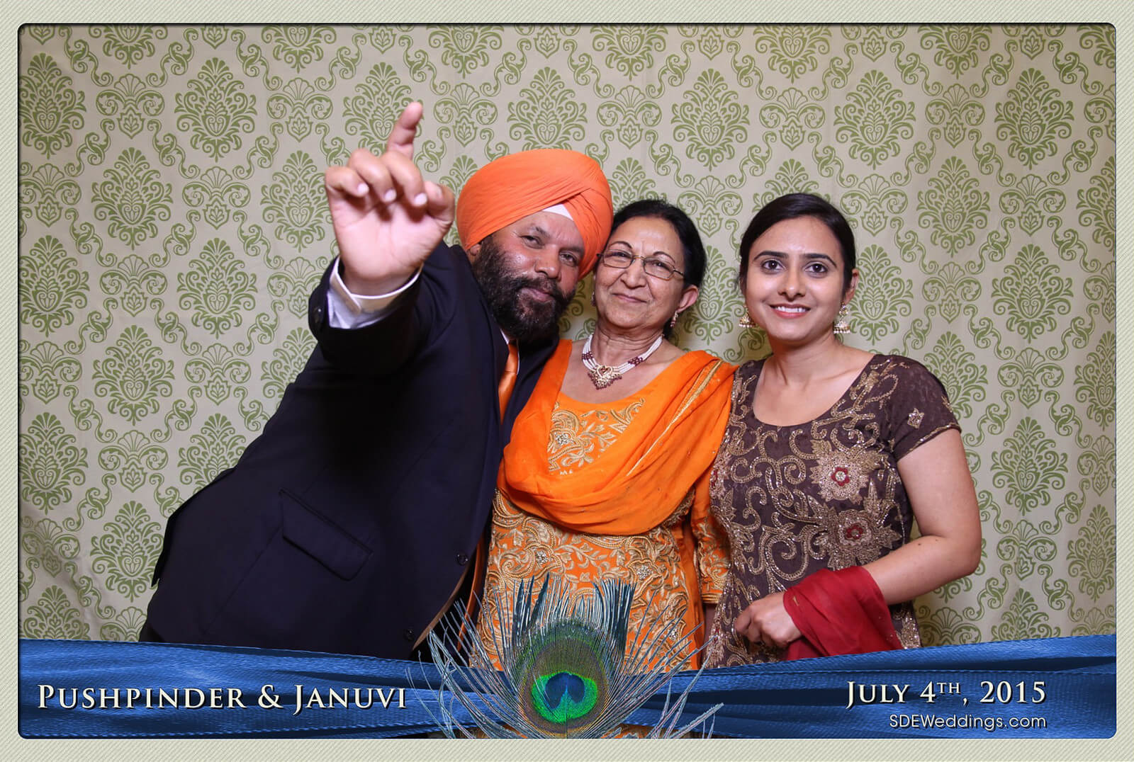 Mississauga Versailles Convention Centre South Asian Wedding Photo Booth Rental 5